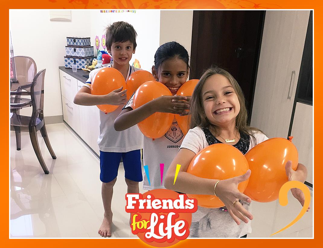 Friends_0003_Layer Comp 4